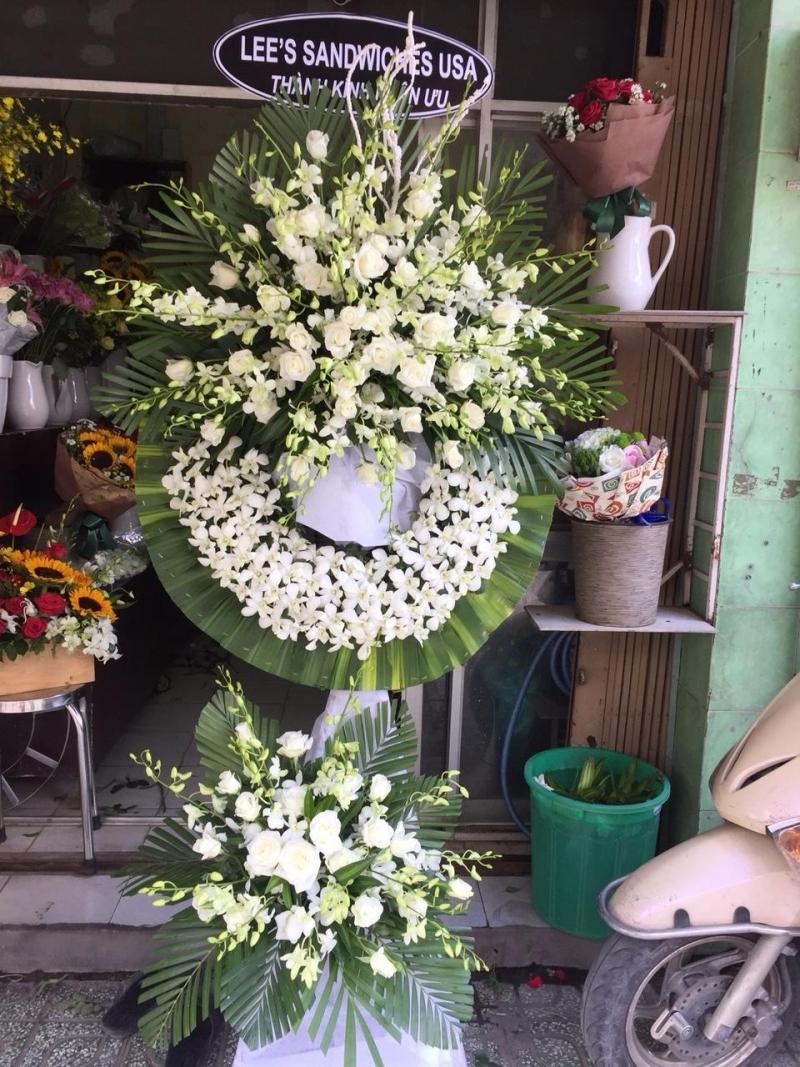 Tiệm hoa chia buồn Bến Cầu